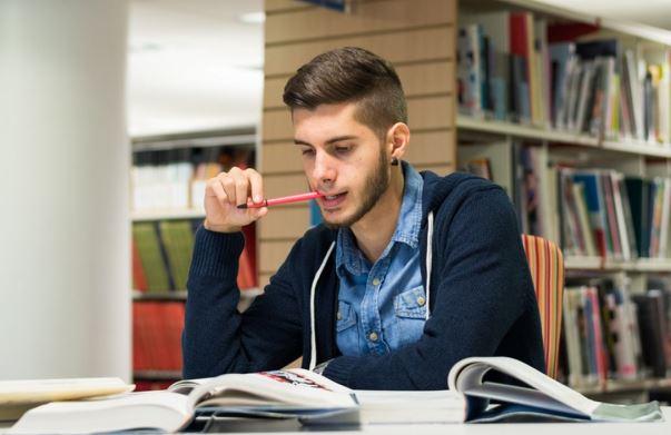 O Enem ajuda muitos brasileiros a ingressar no ensino superior. (Foto Ilustrativa)