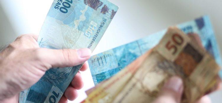 Auxilio Corona de 600 reais do Governo: veja se voce tem direito!