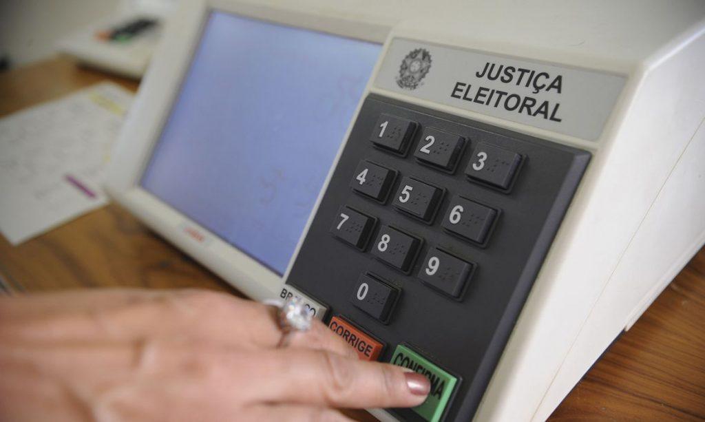 Ficar sem votar impede assumir cargo concursado