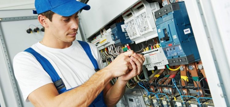 Como Eletricista Ganha Dinheiro